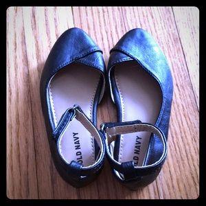Old Navy Shoes - Black Flats for Toddler